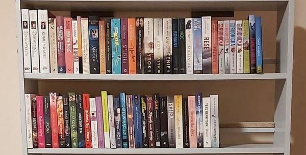 Koronawirus w Polsce - zostań w domu i czytaj książki za darmo!