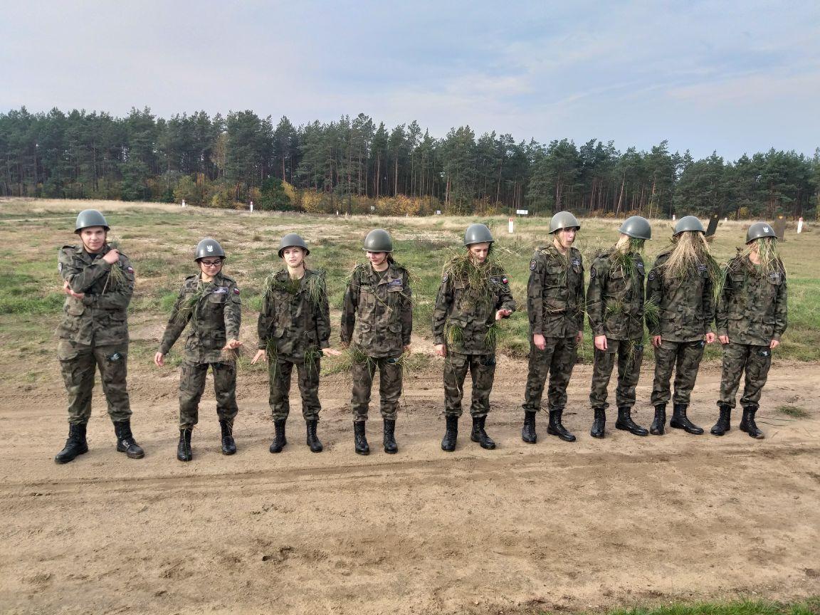 Szkolenie kaliskich kadetów na Strzelnicy Jaworze