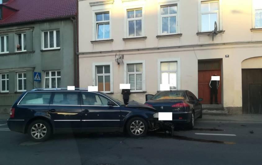 Kolizja dwóch samochodów na DK 20 w Drawsku Pomorskim