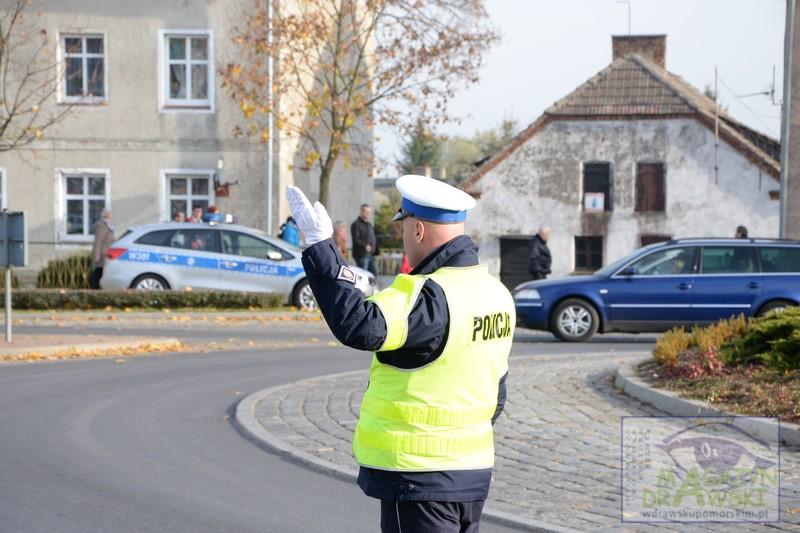 """Policjanci z drawskiej """"drogówki"""" ujawnili pierwszy cofnięty licznik na terenie naszego powiatu"""