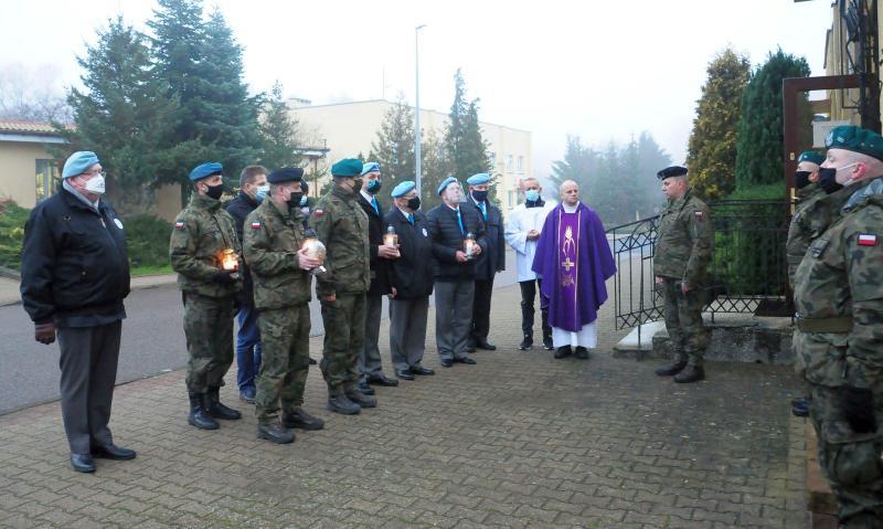 Dziś Dzień Pamięci o Poległych i Zmarłych w Misjach i Operacjach Wojskowych poza Granicami Państwa