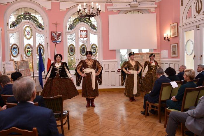 Radni Powiatowi rozpoczęli świętowanie obchodów 101 Rocznicy Odzyskania Niepodległości