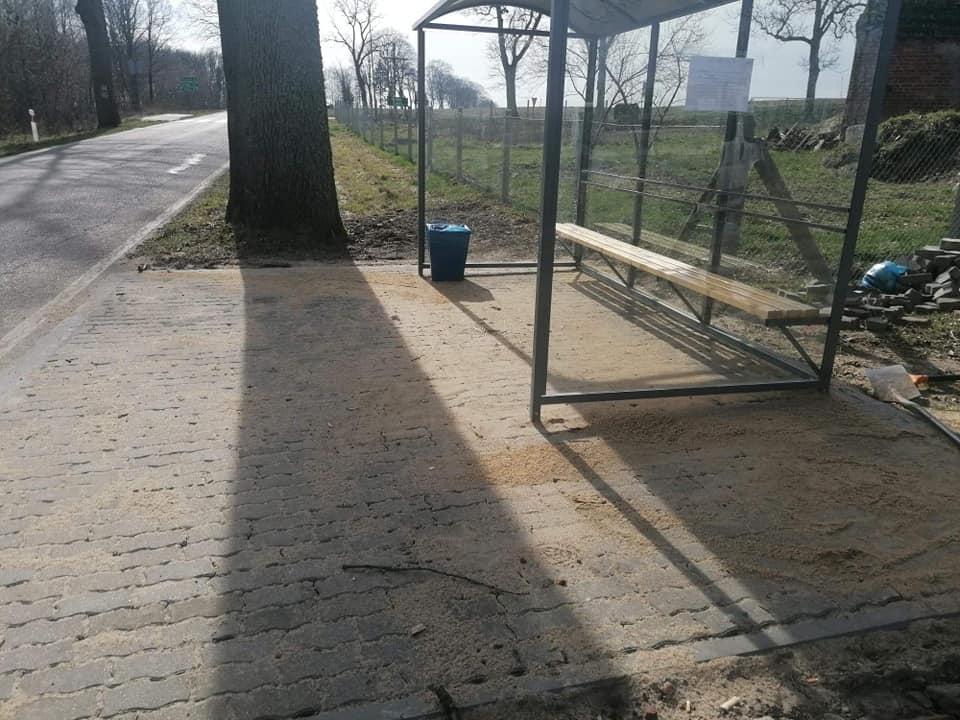 Nowy przystanek w miejscowości Dołgie