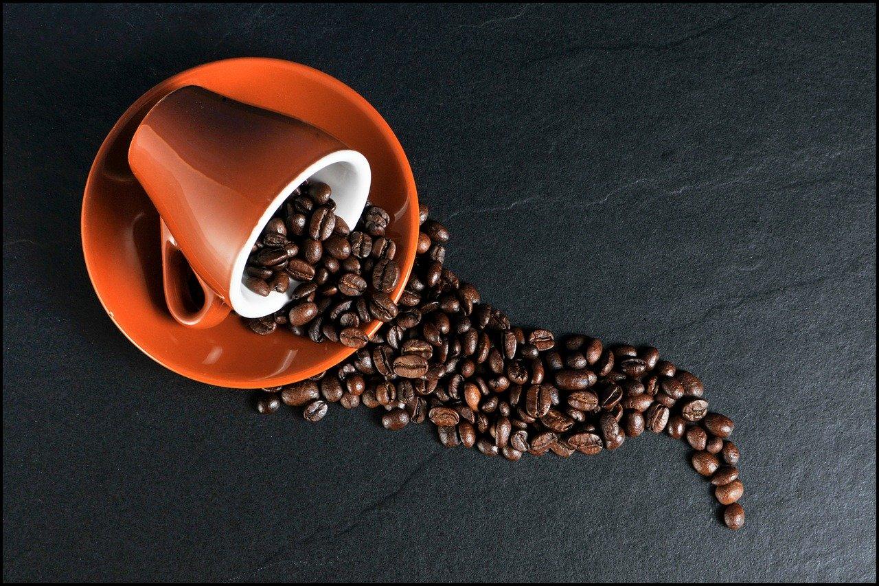 Kawa kuloodporna – wady i zalety jej spożywania
